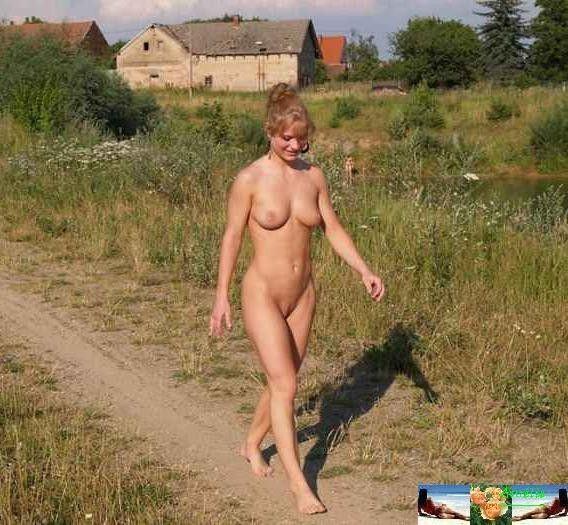 derevenskie-zhenshini-goliy-foto